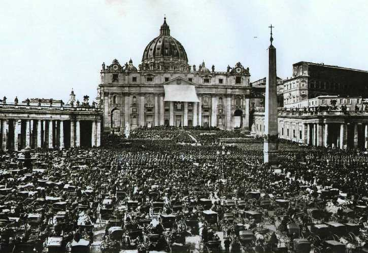 Old Pictures Of Events In Rome