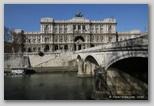 palais de justice à Rome