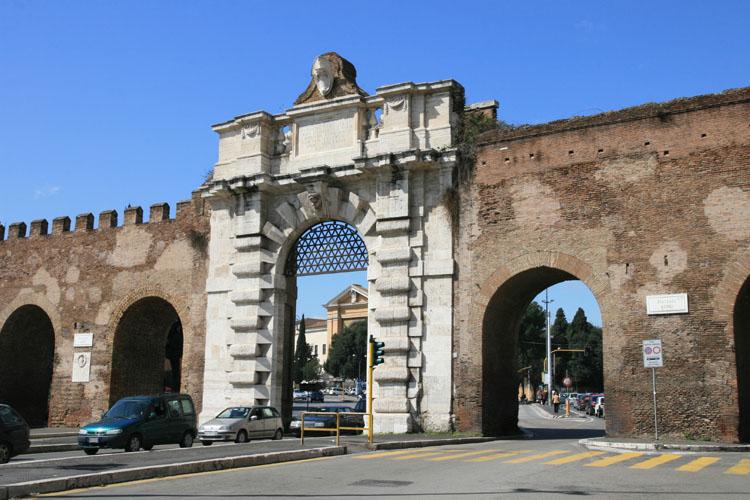 Foto di roma mur e porte for Affitto roma porta di roma