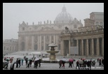 saint-pierre de rome sous la neige