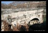 Pont cassé à rome