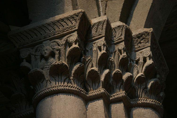 chapiteaux - basilique san flaviano de montefiascone