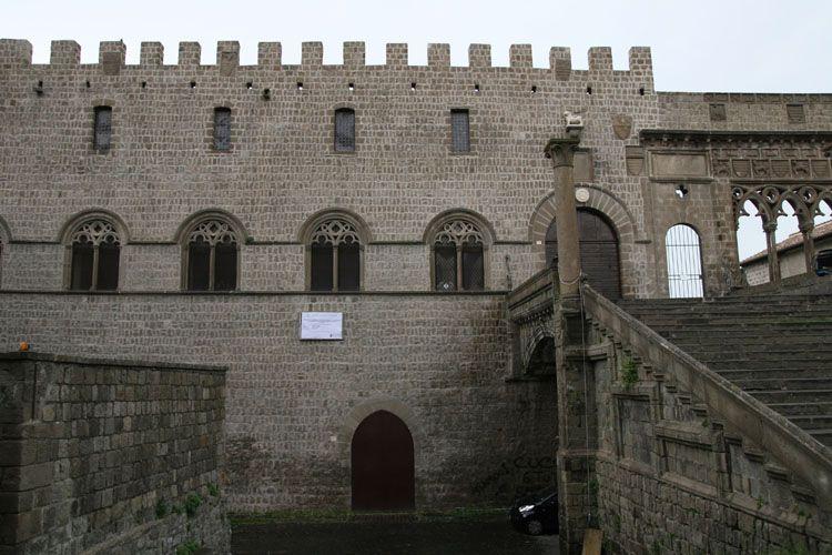 viterbo, palazzo dei papi