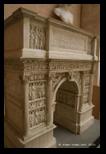 Arc de Trajan, Bénévent