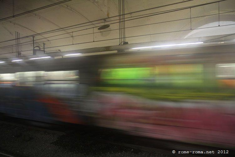 Transports en commun à Rome. Métro et Bus