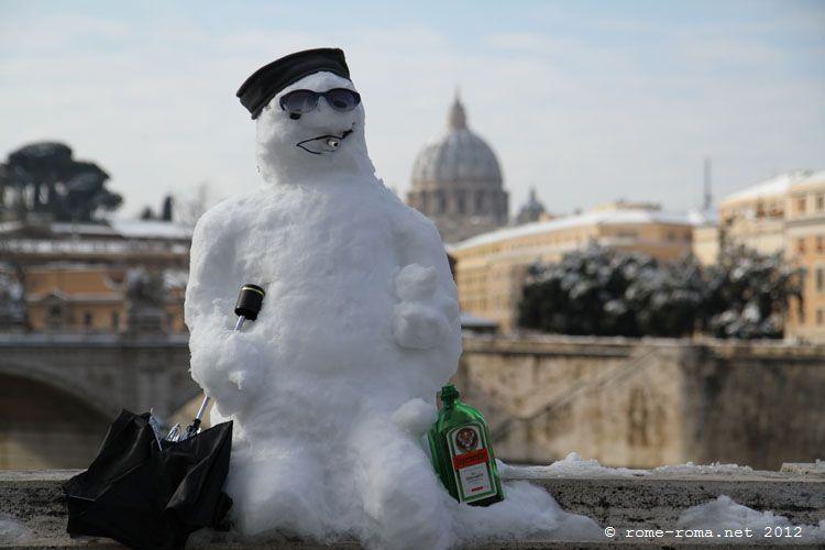 tour de rome sous la neige
