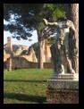 forum - statue