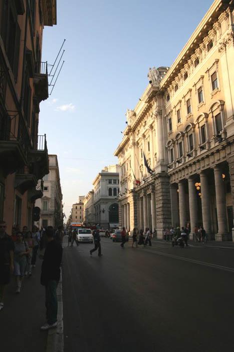 Via del corso a roma for Corso grafica roma