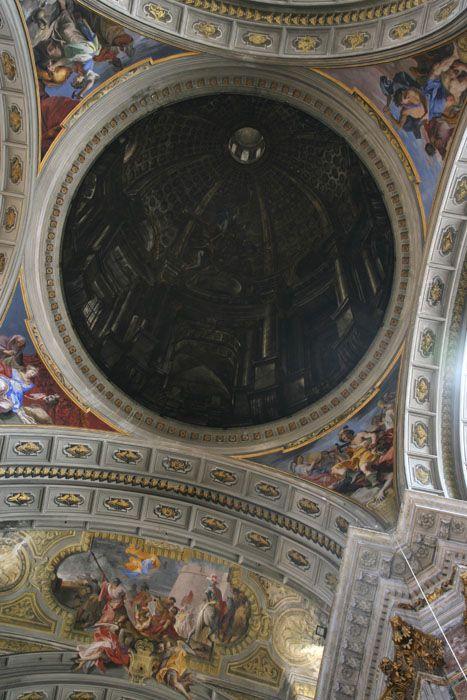 trompe l'oeil sant ignazio di loyola à rome : fausse coupole