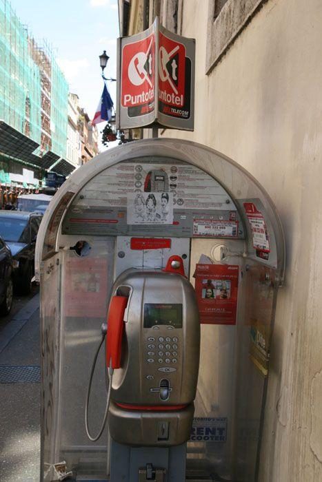 Téléphoner en Italie et numéros utiles