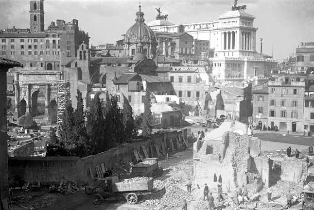 Old photos of the mussolini destructions in rome