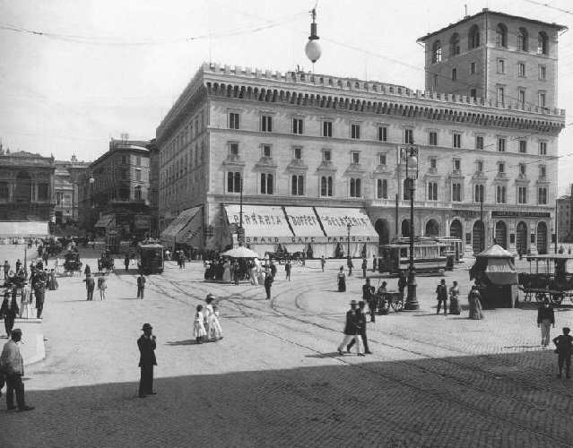 piazza venezia photo
