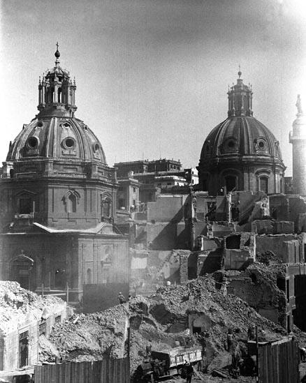 Piazza Venezia, 1937